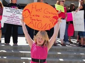 Palmdale teacher protest 5.21.13 3