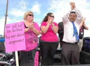 Palmdale teacher protest 5.21.13 6