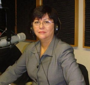 Lilia Galindo (Image courtesy cafeconlecheradio.com)