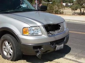 The Ford Expedition's driver swerved at the last moment, but could not avoid the collision. (Photo by LUIS MEZA)