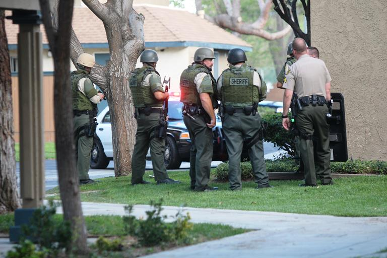 Deputies contained the Sienna Heights apartments for at least three hours Tuesday evening while searching for six suspects linked to an armed carjacking. Five were captured and one is still outstanding. (Photo by TONY CHEVAL)
