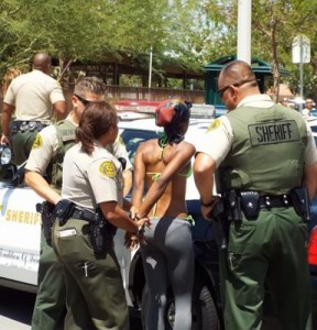 A woman was also captured after trying to run away. (Photo by LUIS MEZA)