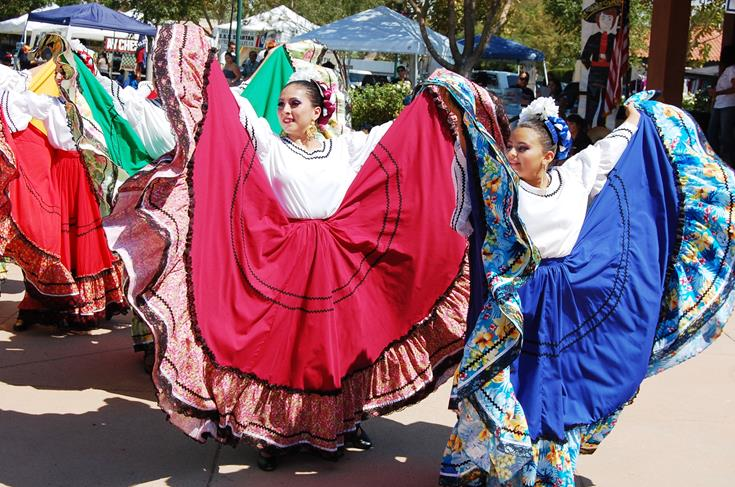 Grupo Folklorico AV performed Sinaloa at the Festival.
