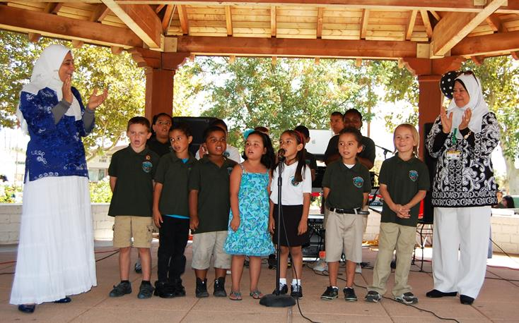 Young students from Guidance Charter School performed Arabic songs and cheer.