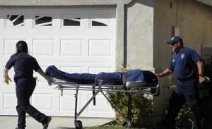 The man was pronounced dead by paramedics. (LUIS MEZA)