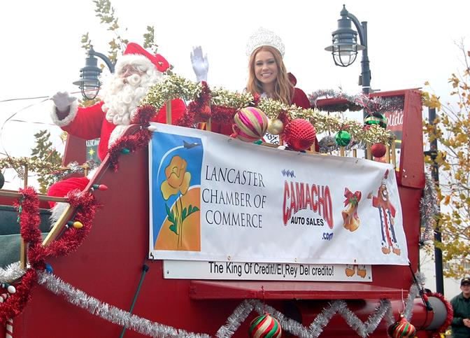 Miss Lancaster, Kelsey Evenson, and Santa Claus wrapped up the two-hour parade.
