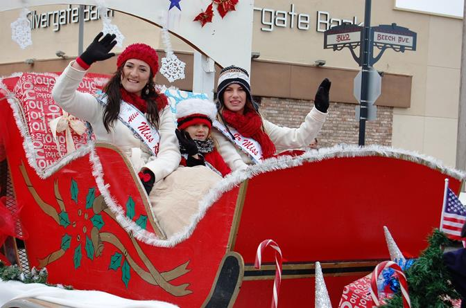 The color-coordinated Rancho Vista Community Queens were a hit with spectators.