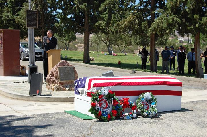 """Palmdale Mayor Jim Ledford thanked everyone involved with promoting what veterans mean to our nation. Veterans mean """"everything to our community,"""" Ledford told the crowd gathered at Desert Lawn Memorial Park."""