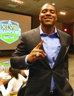 Shead shows off his championship ring. (WAUNETTE CULLORS)