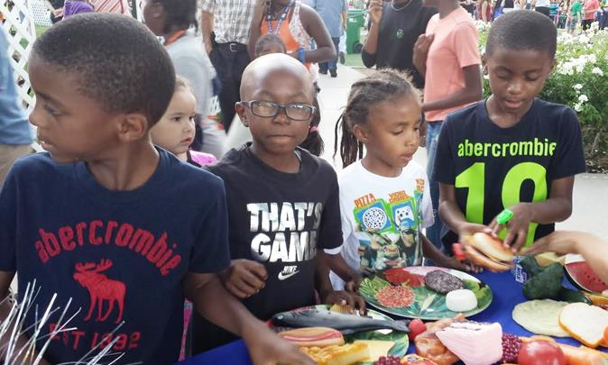 Kids can learn how to make a nutritious lunch as part of the many activities at TNOTS. (Photo courtesy City of Palmdale)