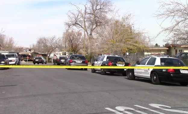 """Los Angeles County Sheriff's Homicide detectives are investigating the circumstances surrounding a car-to-car shooting Friday, Dec. 19. Deputies from the Palmdale Sheriff Station responded to the 37800 block of Melton Avenue regarding a """"gunshot victim"""" call for service. (Photo by LUIS MEZA)"""