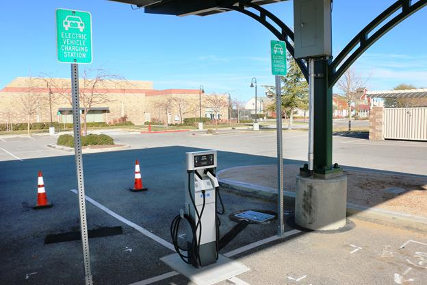 Palmdale new electric vehicle charging stations 1