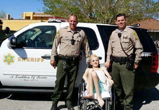 Patricia and deputies Hilzendeger and Benning. (LASD)