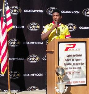 Melquise Stovall thanks his supporters.(Photo by Jim Winburn)