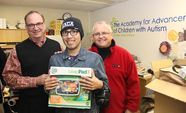 [L to R] State Sen. Bob Huff, student Christian Barillas, and Assemblyman Tom Lackey. [contributed]