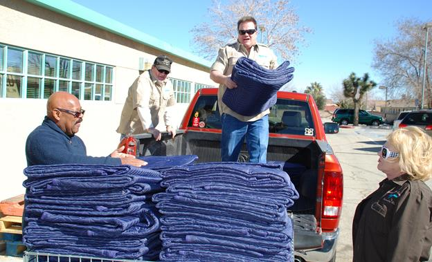 SAVES accepting winter clothing donations