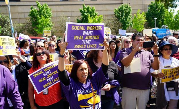 County social workers protest Tuesday, April 12, outside the Kenneth Hahn Hall of Administration in downtown Los Angeles. Photo courtesy: SEIU 721 Facebook page. View the complete album of photos here.