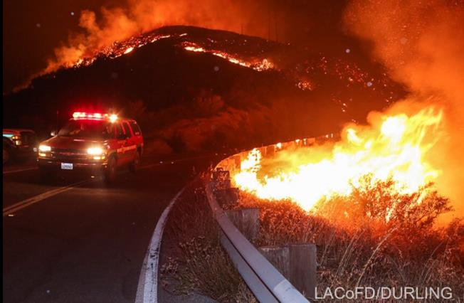 Image from Saturday, July 23, courtesy: Los Angeles County Fire Department volunteer photographer. [@LACoFDPIO ]