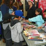 More than 400 Palmdale children united for Read Across America